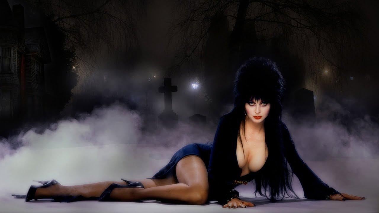 Elviras Haunted Hills